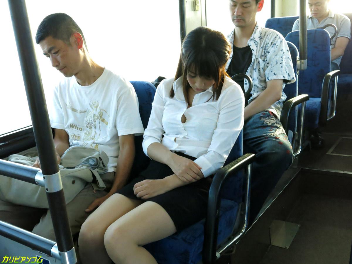 Секс студенток в автобусе, домашнее фото голых зрелых женщин с сочными попами