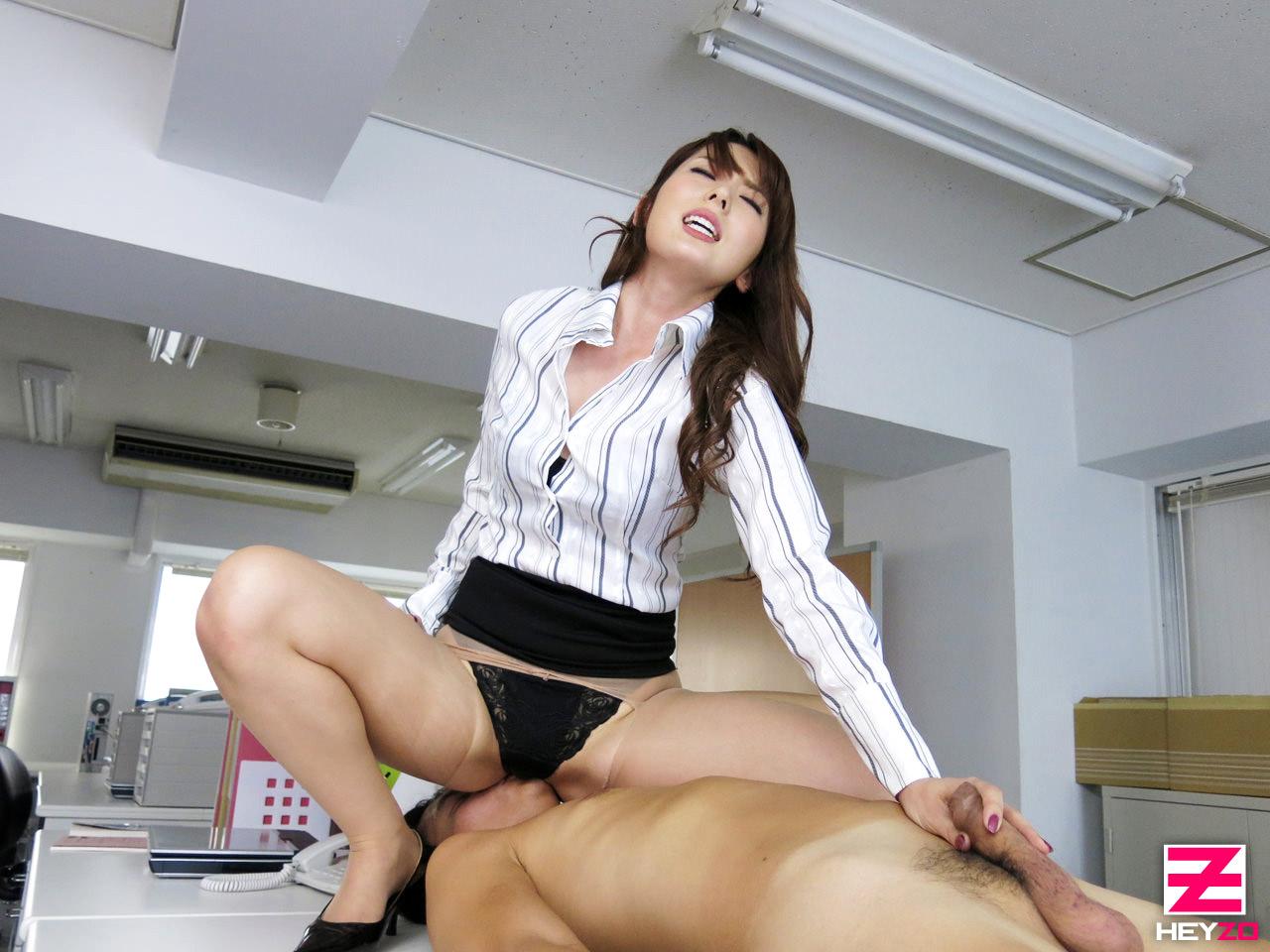 эротика секретарши видео азиат еще