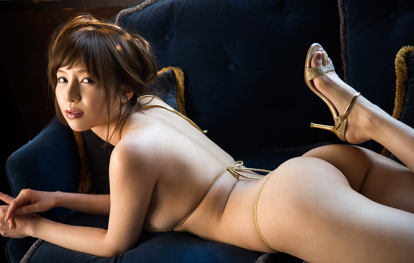 Asian babe all fours nude, claire abbott nude