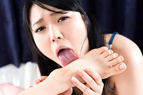 Yui Kawagoe Mai Araki